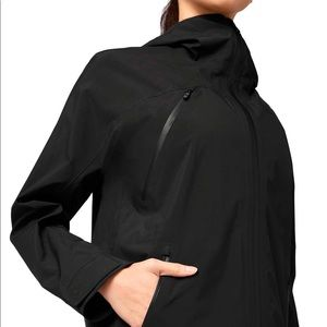 Lululemon Storm Brewing Rain Jacket 4 - Black